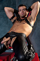 Club Inferno Dungeon. Gay Pics 12