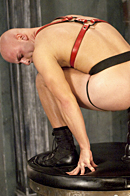Club Inferno Dungeon Picture 12