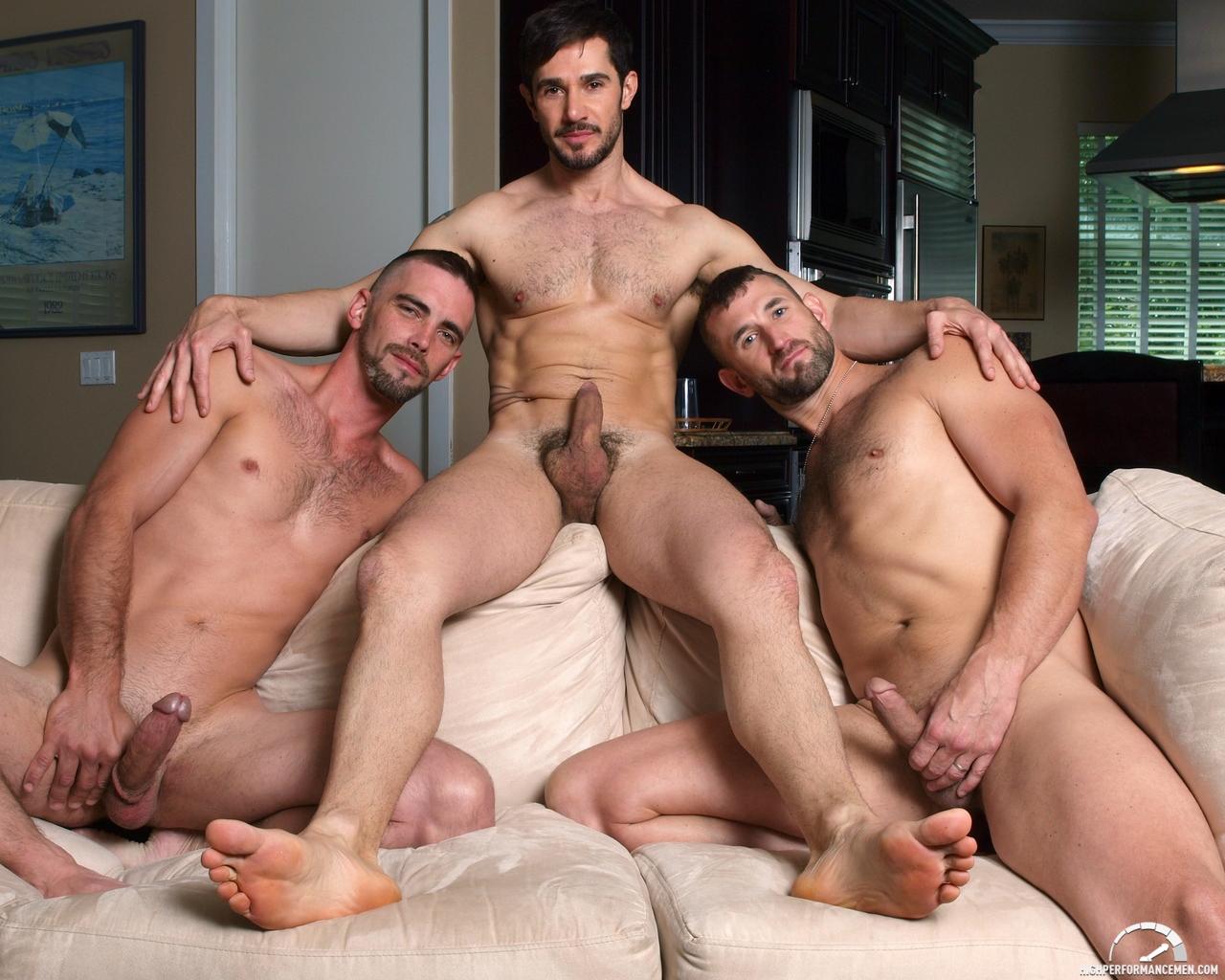 Видео гомосексуальных связей крепких парней