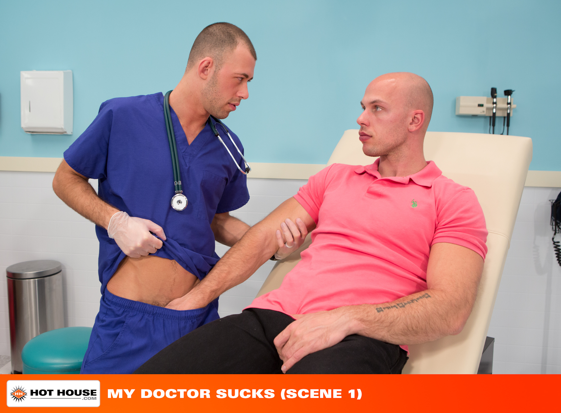 Stud Doctor Bangs His Patient During His Appointment