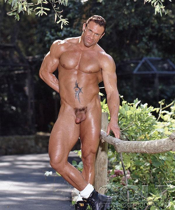 Free Hookup Sites For Over 50 Mens Bodybuilding Posing