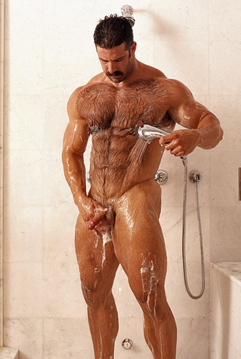 muscular peón gay