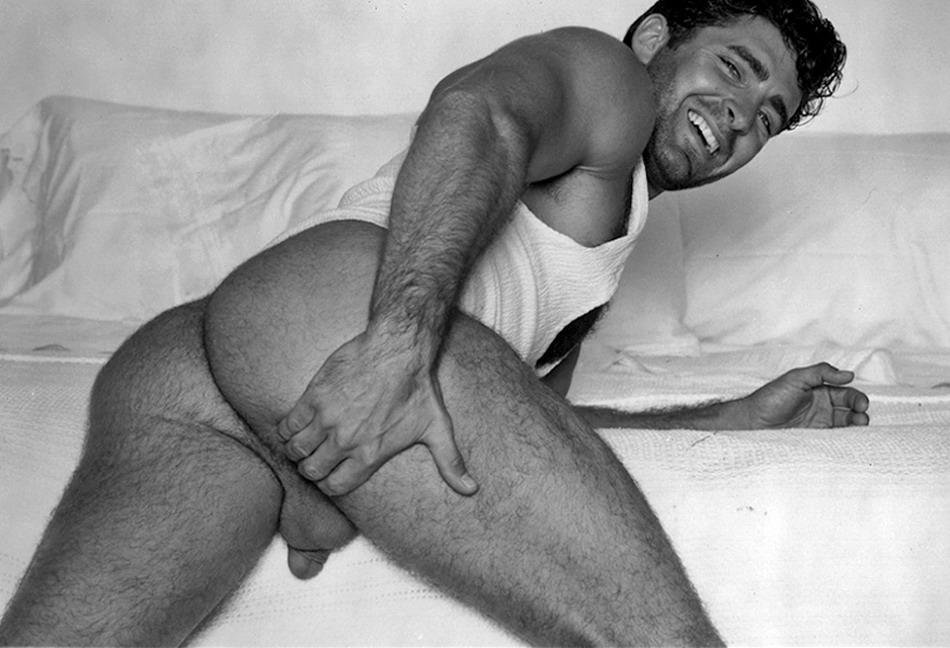 Nude Hairy Hunk 15